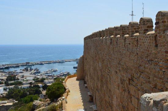 Kelibia látványa a város erődjéből